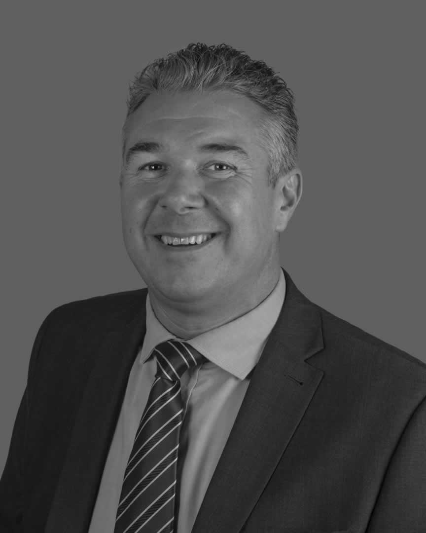 Roger Waring, Sales Director